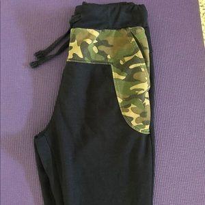 Pants - CAMO DETAIL PANTS